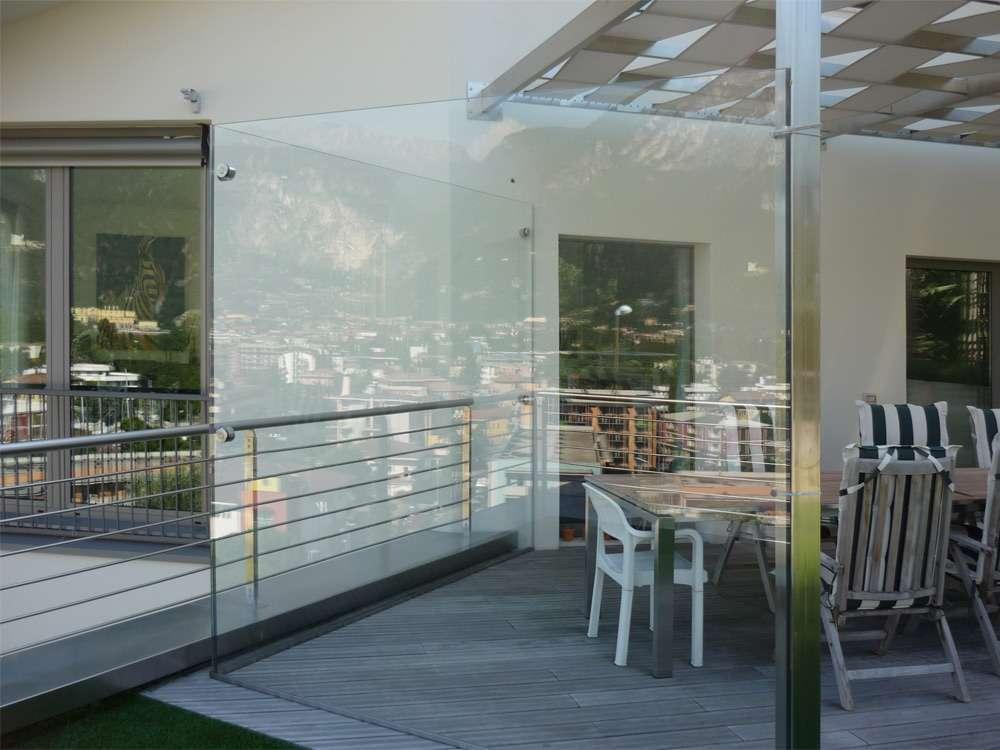 Porte automatiche in vetro arco trento santoni for Negozio di metallo con appartamento